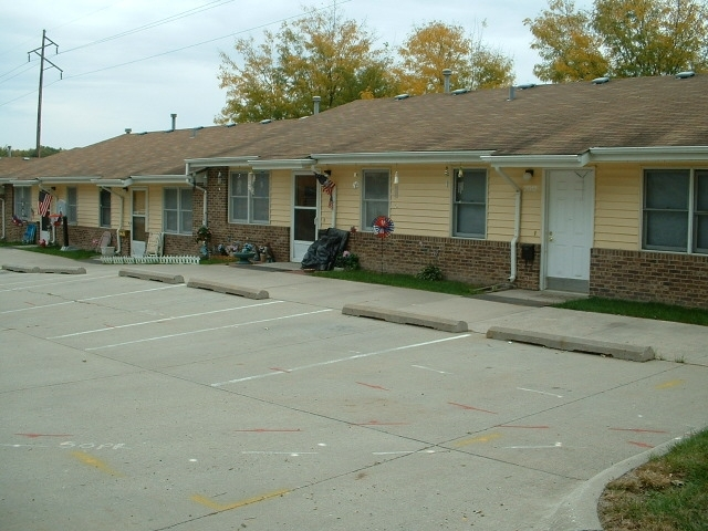 Papio Valley Apartments